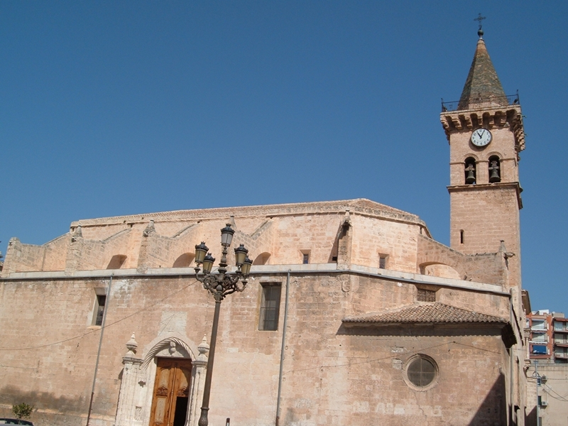 Villena. Iglesia arciprestal de Santiago
