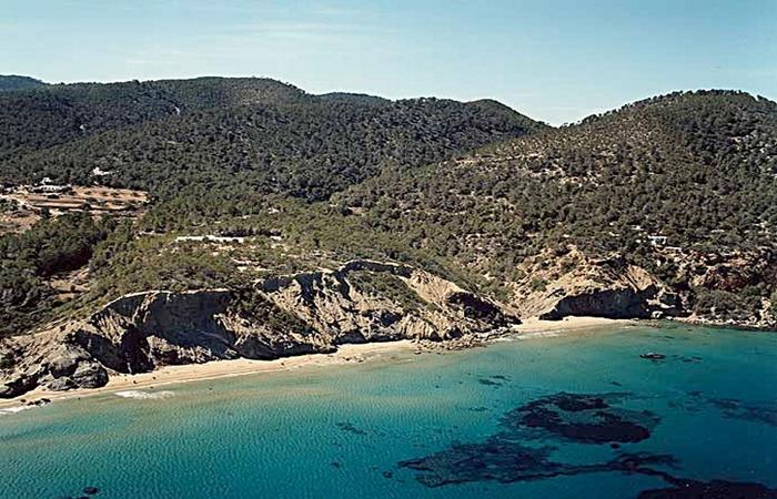 Saigua blanca ibiza-4. Calas y playas en Ibiza