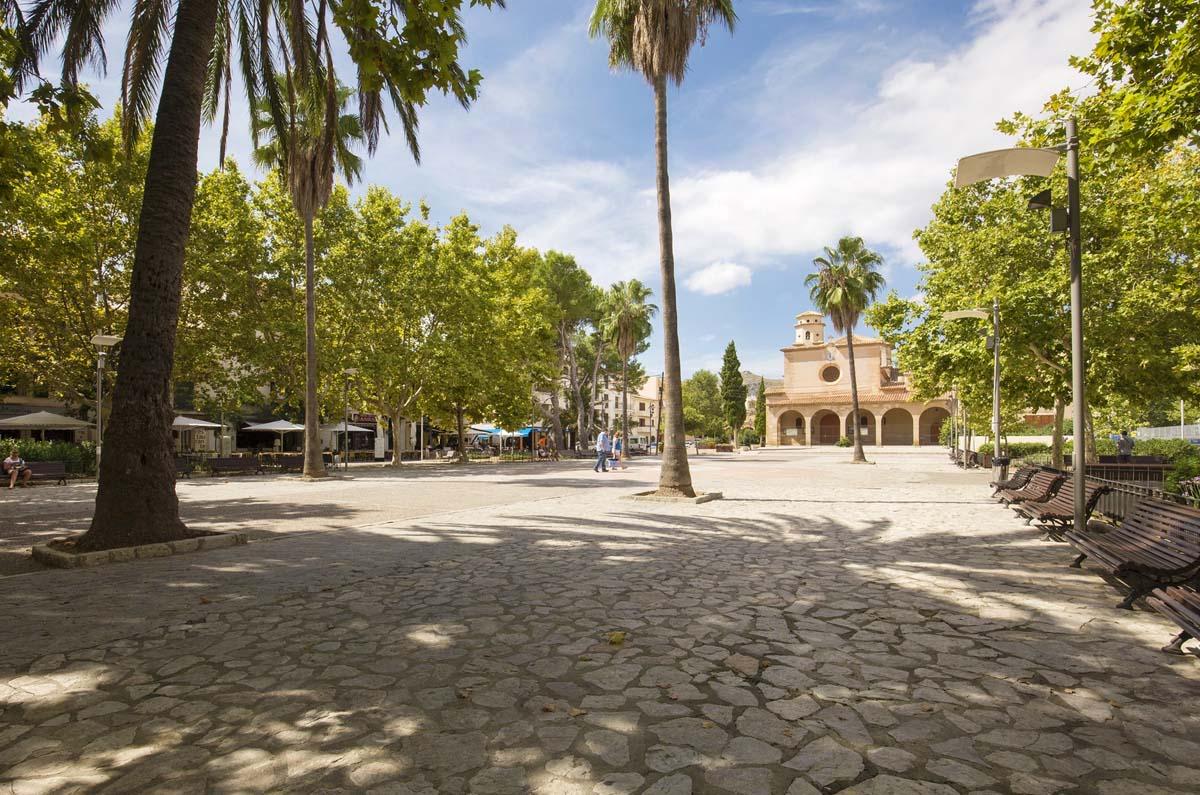 pollensa_plaza_mayor