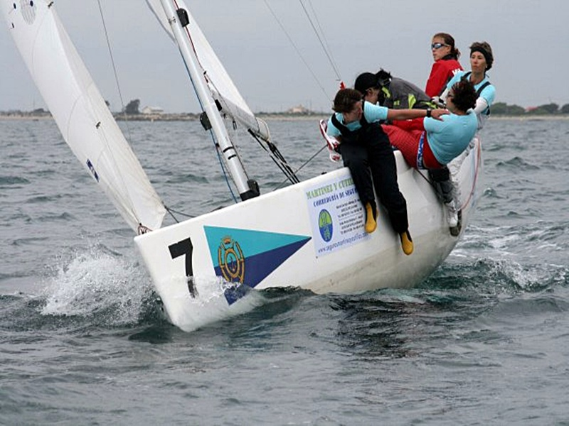 Santa Pola-actividades club nautico